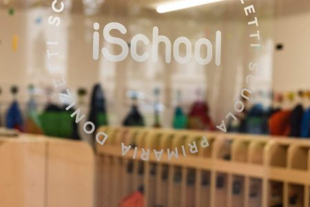 A_Report_Ischool_Circle02541_
